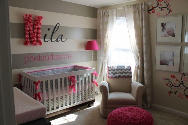 Literie chambre bébé fille