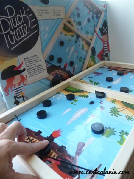 idees jeux de societe 04 c 39 est a la vie. Black Bedroom Furniture Sets. Home Design Ideas