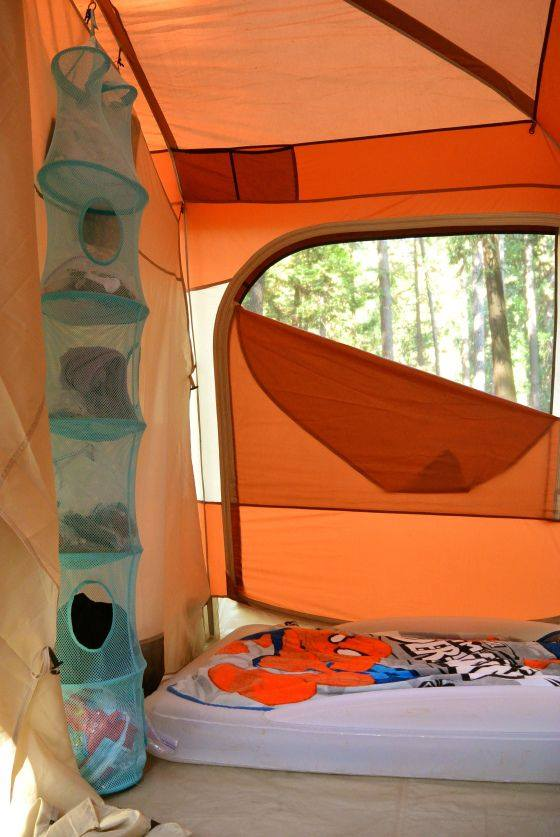 trucs pour le camping. Black Bedroom Furniture Sets. Home Design Ideas