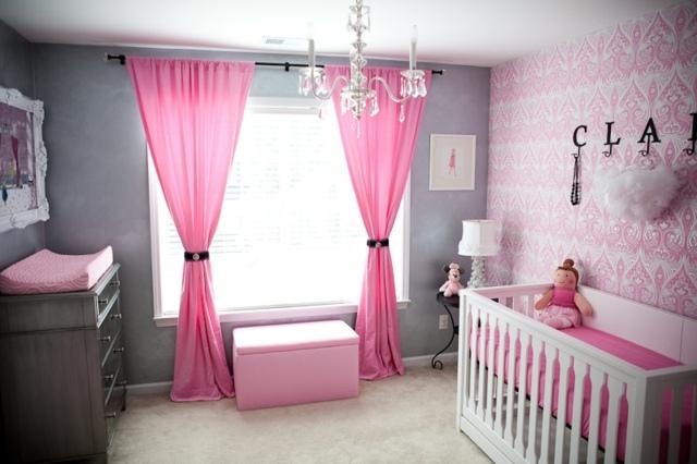 Papier peint chambre de bébé